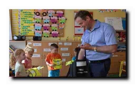 W trosce o bezpieczeństwo dzieci w Śliwicach przeprowadzono cenną akcję