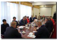 Spotkanie Starosty z przedstawicielami służb ratowniczych oraz zarządcami obiektów użyteczności publicznej i osiedli mieszkaniowych
