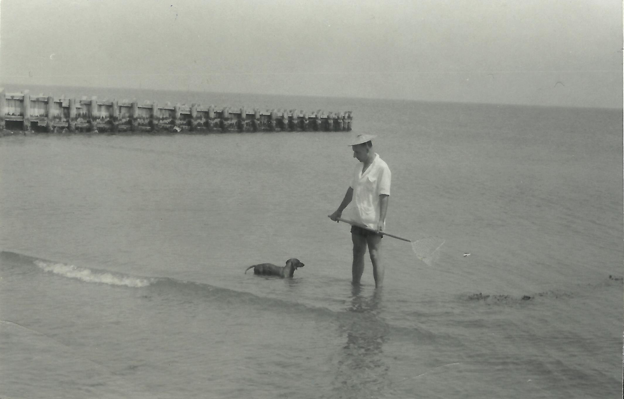 Aleksander Janta i Smyk podczas połowu muli w Hampton Bays.