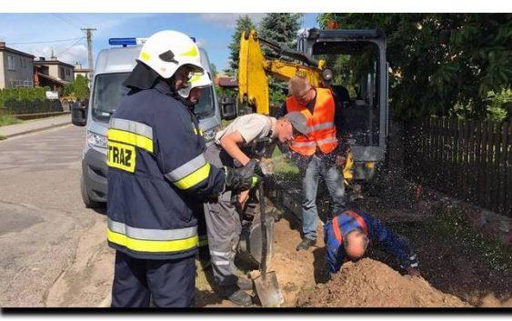 Zagrożenie gazowe w Cekcynie, koparka uszkodziła rurociąg