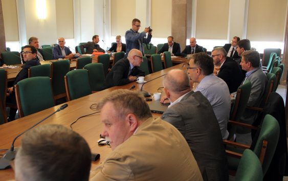 Przedstawiciel Zarządu Powiatu Tucholskiego w  Ministerstwie  Infrastruktury i Budownictwa