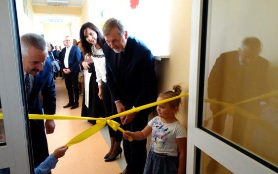 Uroczyste otwarcie trzech nowo wybudowanych oddziałów przedszkolnych w PRZEDSZKOLU No1 w Tucholi