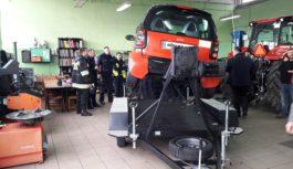 Symulator dachowania oraz symulator zderzeń już na terenie  Tucholskiego Centrum Edukacji Zawodowej