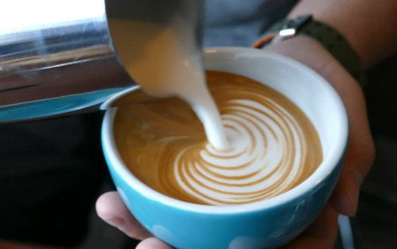 Kawa z TOKiS-em w 100 sekund. Miły akcent.