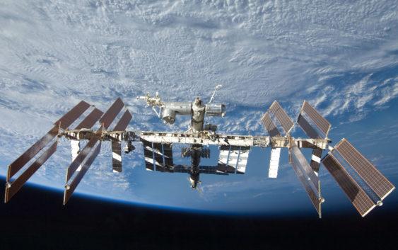 100″ Poranna kawa w… kosmosie? Z wizytą na ISS