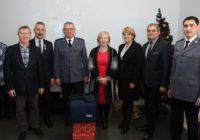 Mikołaj odwiedził tucholską komendę. Dräger DrugTest 5000 i latający Inspire 1 Pro wchodzą do służby