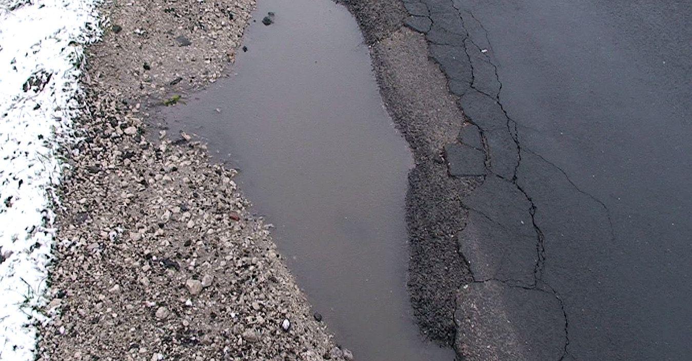 Umowy PROW: infrastruktura drogowa i dobre wiadomości dla mieszkańców naszego powiatu