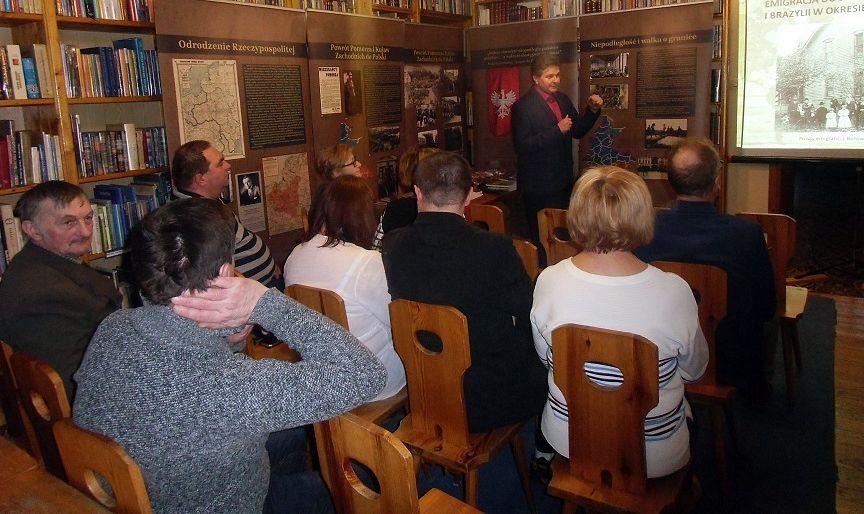 CEKCYN. Lekcja historii regionu w bibliotece
