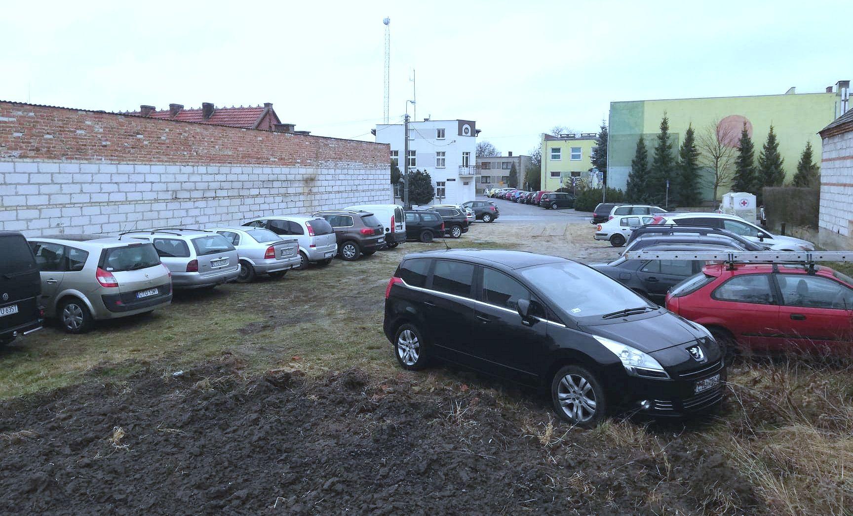 Budowa targowiska gminnego w Lubiewie